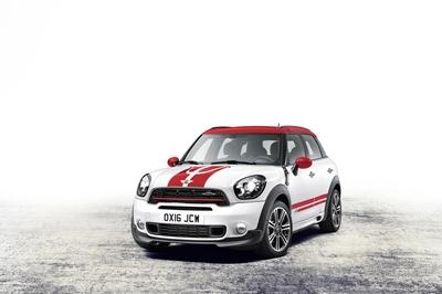 2018 Mini Countryman John Cooper Works - image 702705
