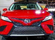 2018 Toyota Camry - image 702375
