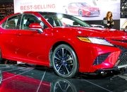 2018 Toyota Camry - image 702781