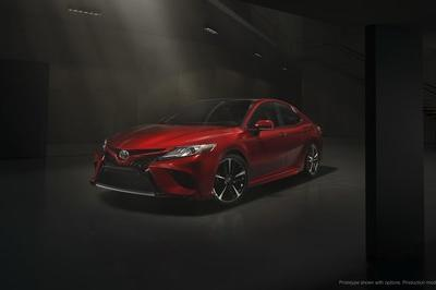2018 Toyota Camry - image 700685