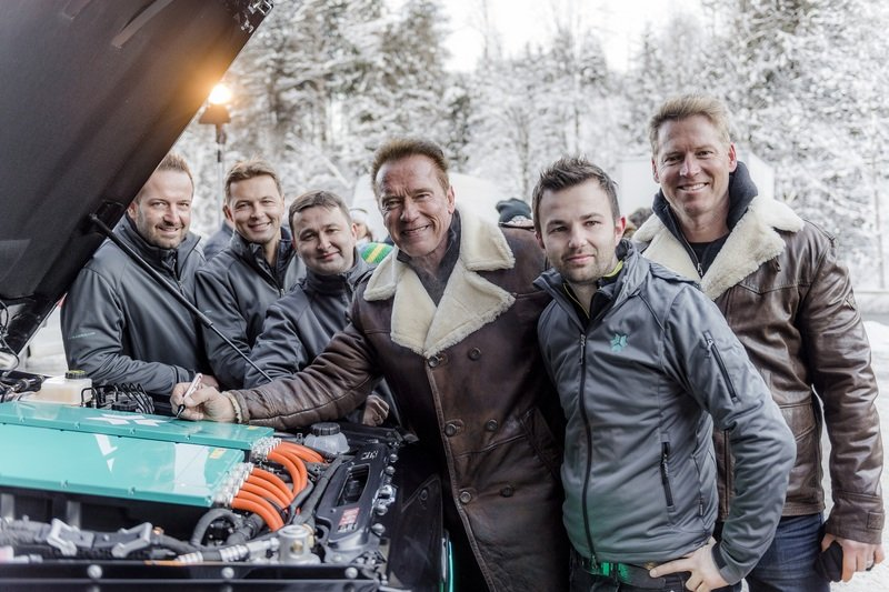 Arnold Schwarzenegger Goes Terminator on Climate Change; Gets Custom, All-Electric Mercedes G-Class High Resolution - image 703541