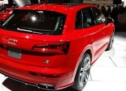 Audi Adds More Fast To The SQ5 With Extra Torque, New Air Suspension - image 700786