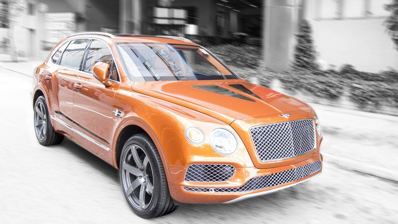2017 Bentley Bentayga Gigante by DMC