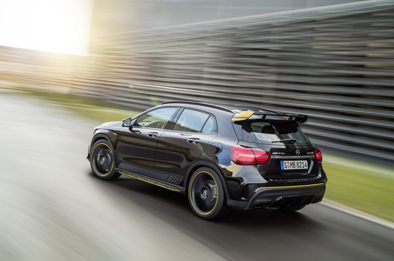 Dress Up Your CLA And GLA Models With The AMG Performance Studio Package