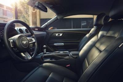 2018 Ford Mustang - image 702221
