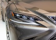Five Cool Design Features That Lexus Introduced with the New LS - image 701761