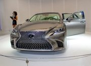 Five Cool Design Features That Lexus Introduced with the New LS - image 701762