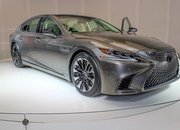 Five Cool Design Features That Lexus Introduced with the New LS - image 701758