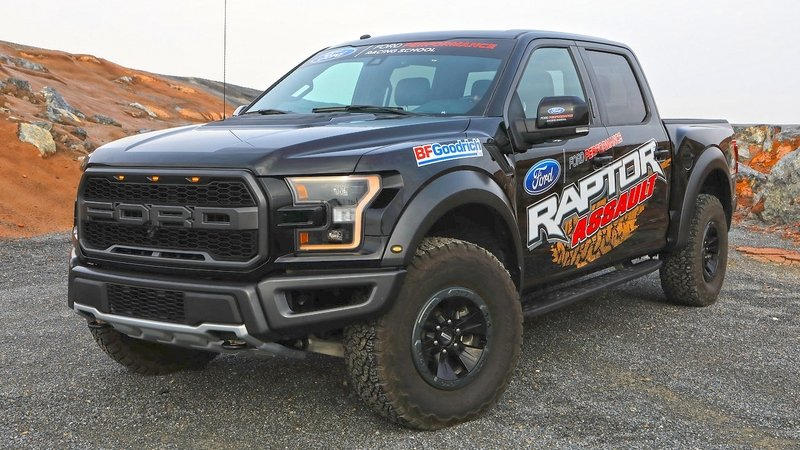 Ford Launches Performance Racing School for 2017 Raptor Owners