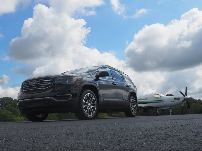 2017 GMC Acadia All-Terrain - Driven High Resolution Exterior Test drive - image 701949
