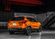 2017 Nissan Rogue Sport - image 700937
