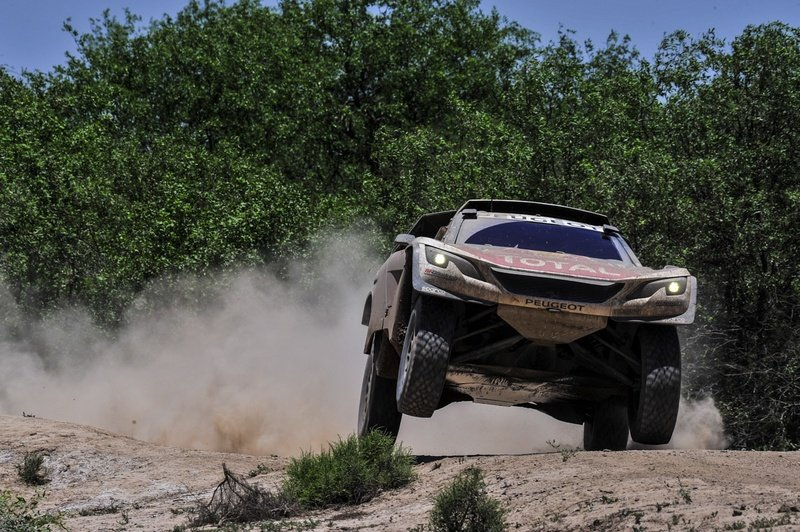 Wallpaper of the Day: 2018 Peugeot 3008 DKR Maxi