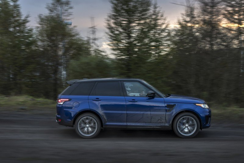 Range Rover Sport SVR Testes 0-to-62 MPH on Six Surfaces! High Resolution Exterior - image 703028