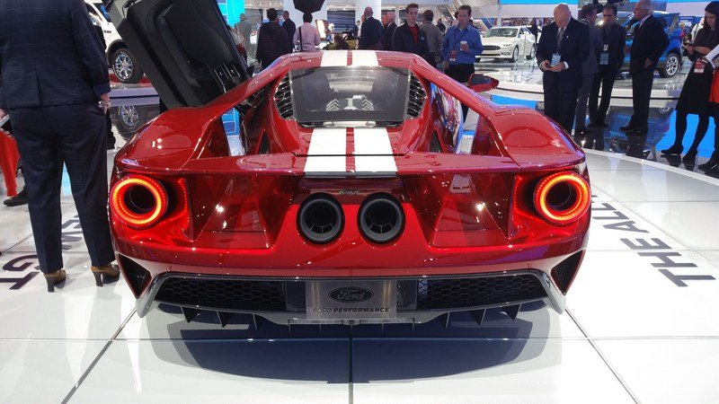 Spoiler Alert The New Ford Gt Supercar Is Not Fuel Efficient High Resolution Exterior