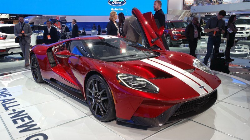 Spoiler Alert The New Ford Gt Supercar Is Not Fuel Efficient