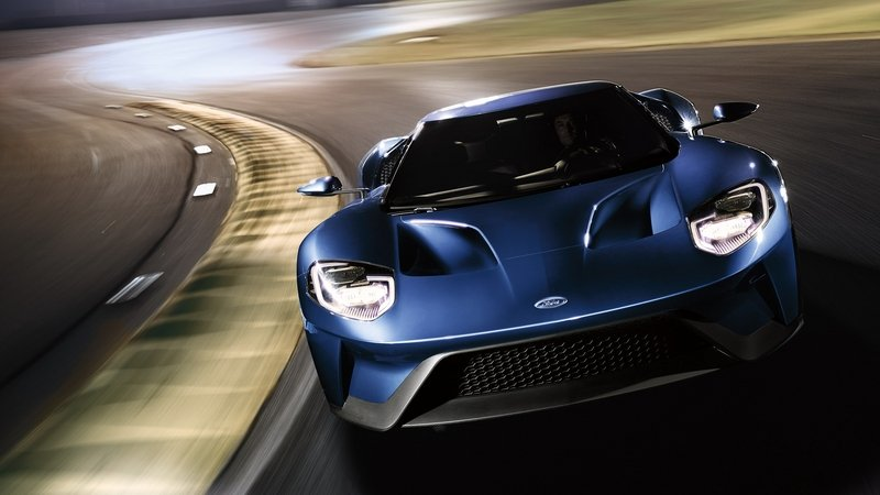The Ford Gt Snarls At The Competition With  Horsepower And A Top Speed Of