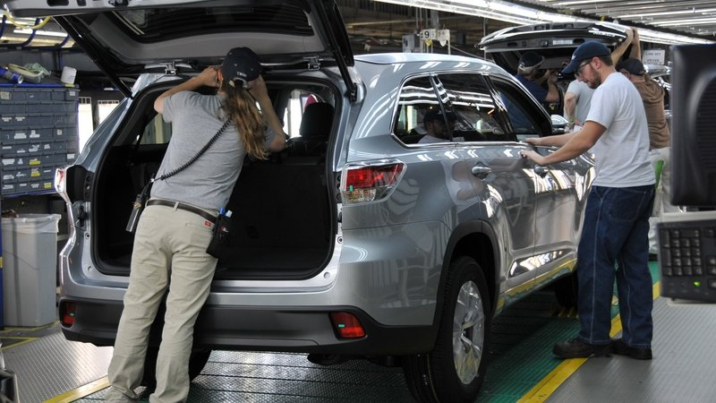 Toyota Joins Growing List of Automakers Refocusing on U.S. Operations