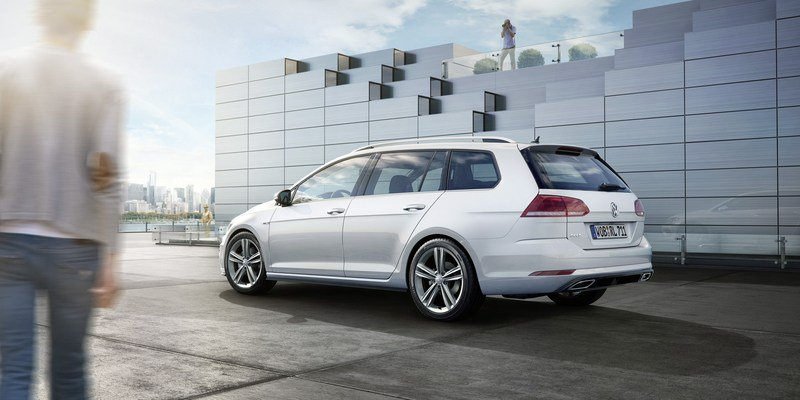 2017 Volkswagen Golf R-Line Package High Resolution Exterior - image 700243