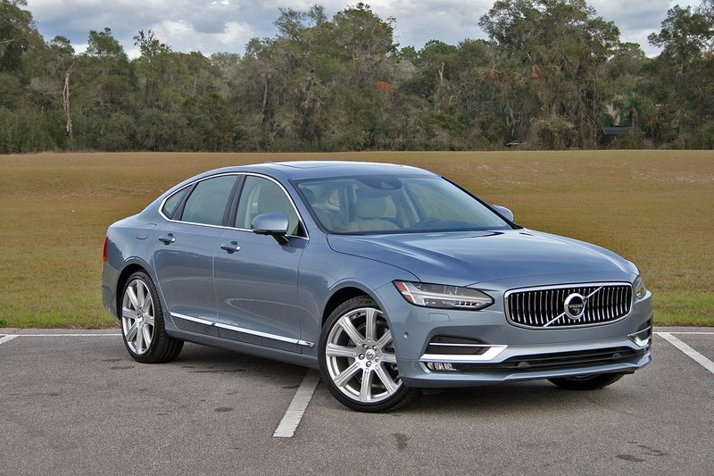 2017 Volvo S90 Inscription – Driven High Resolution Exterior - image 703741