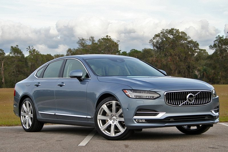 2017 Volvo S90 Inscription – Driven High Resolution Exterior - image 703742