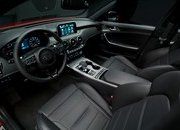 Watch Out BMW 3 Series, The Kia Stinger GT Is Not Messing Around - image 700357