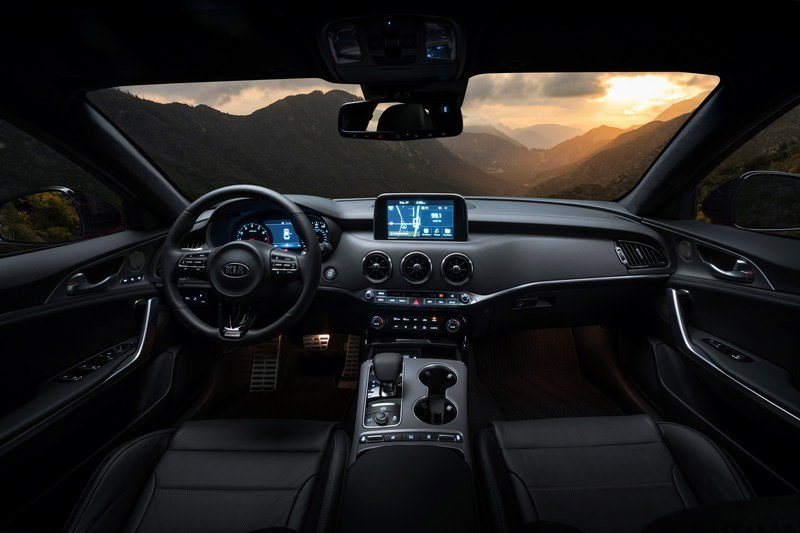 2018 Kia Stinger High Resolution Interior - image 700342