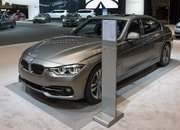 2017 BMW 330e iPerformance - image 706299
