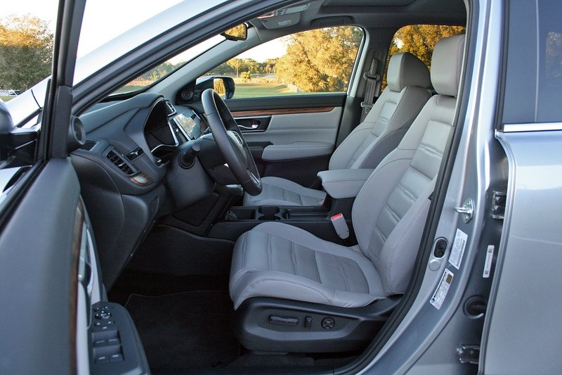 2017 Honda CR-V – Driven High Resolution Interior - image 706000