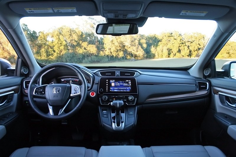 2017 Honda CR-V – Driven High Resolution Interior - image 706009