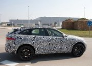 Jaguar is Set to Rattle the BMW X5 M and Porsche Cayenne S with the F-Pace SVR in New York - image 706407