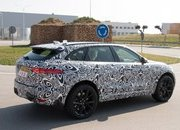 Jaguar is Set to Rattle the BMW X5 M and Porsche Cayenne S with the F-Pace SVR in New York - image 706408