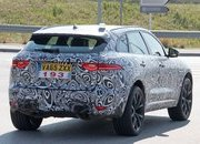 Jaguar is Set to Rattle the BMW X5 M and Porsche Cayenne S with the F-Pace SVR in New York - image 706399