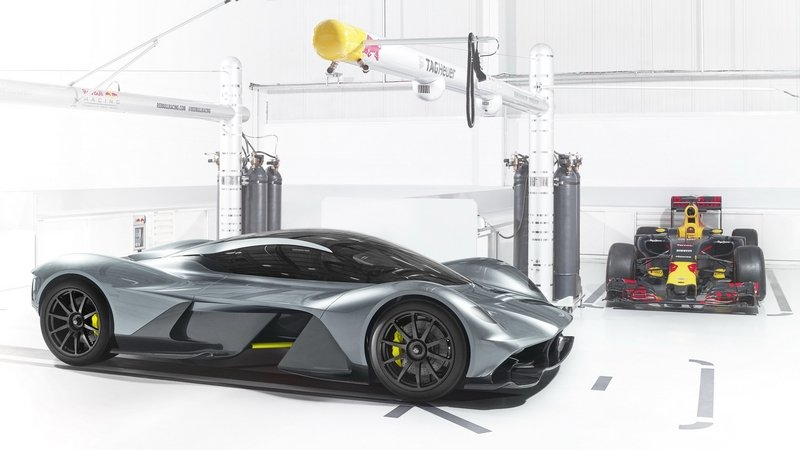 Aston Martin AM-RB 001 to Feature Cosworth V-12 Engine