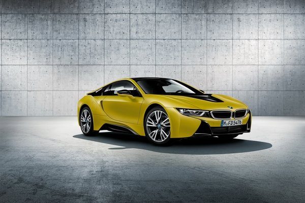 2017 bmw i8 protonic frozen yellow edition car review. Black Bedroom Furniture Sets. Home Design Ideas