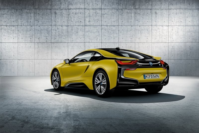 2017 bmw i8 protonic frozen yellow edition picture. Black Bedroom Furniture Sets. Home Design Ideas