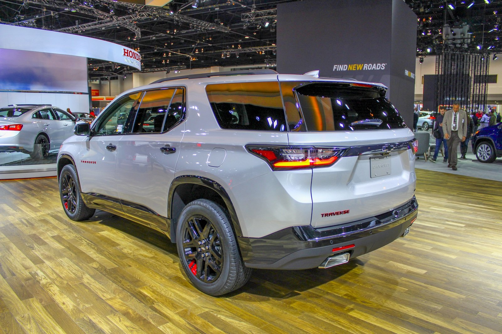 2017 Chevrolet Traverse Redline Edition - Picture 705342 ...