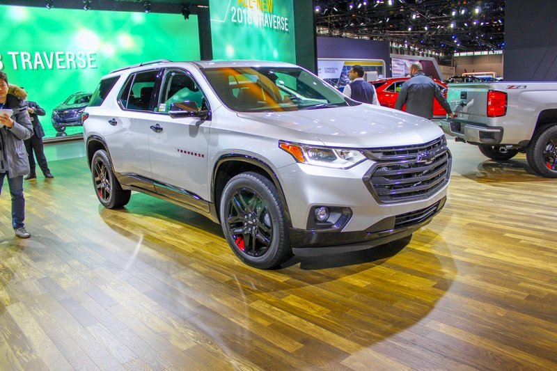2018 chevy traverse redline edition review