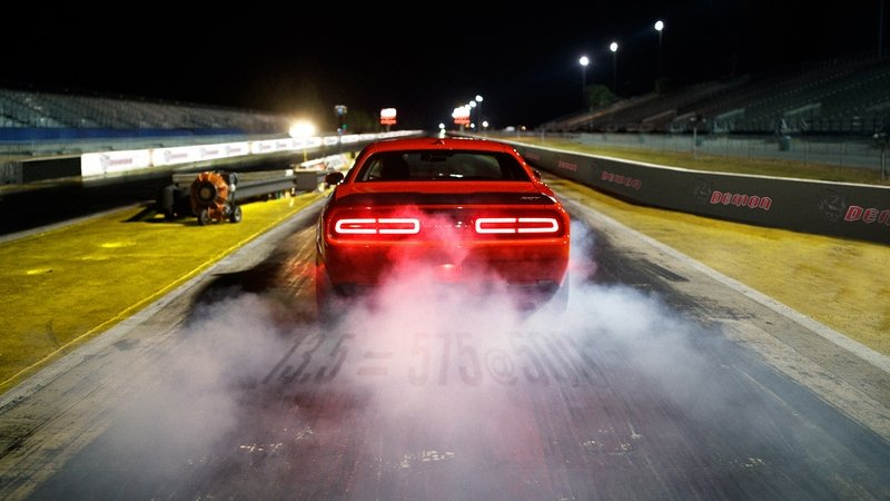 Dodge Challenger SRT Demon Gets Drag Mode, Promises to Win Races High Resolution Exterior - image 706574