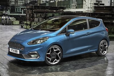 2018 Ford Fiesta ST - image 706946