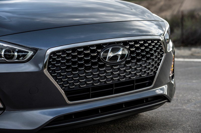 Hyundai Brings i30 From Across The Pond, Calls It Elantra GT High Resolution Exterior - image 704899