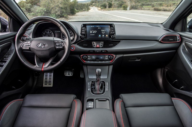 Hyundai Brings i30 From Across The Pond, Calls It Elantra GT High Resolution Interior - image 704933