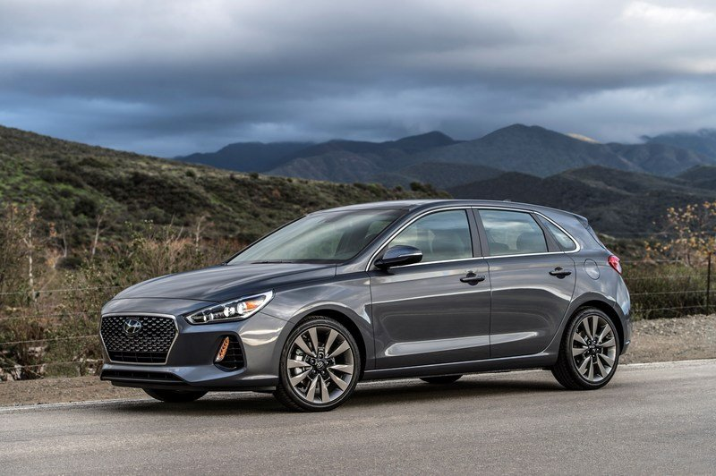 Hyundai Brings i30 From Across The Pond, Calls It Elantra GT