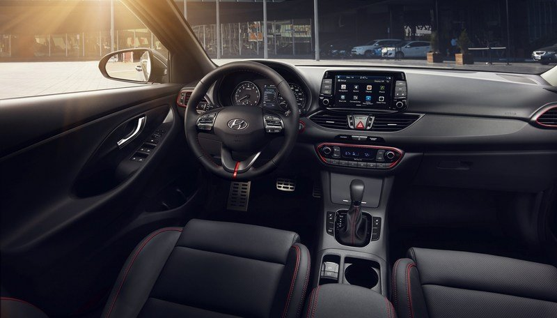 Hyundai Brings i30 From Across The Pond, Calls It Elantra GT High Resolution Interior - image 704964