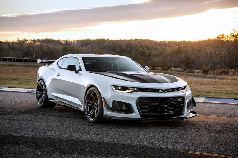 The 2018 Chevrolet Camaro ZL1 1LE Is Here To Rip Your Face Off