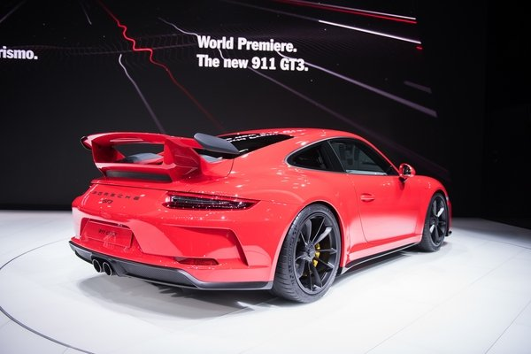 2018 porsche 911 gt3 car review top speed. Black Bedroom Furniture Sets. Home Design Ideas