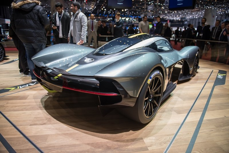 2018 aston martin am rb 001 review top speed. Black Bedroom Furniture Sets. Home Design Ideas