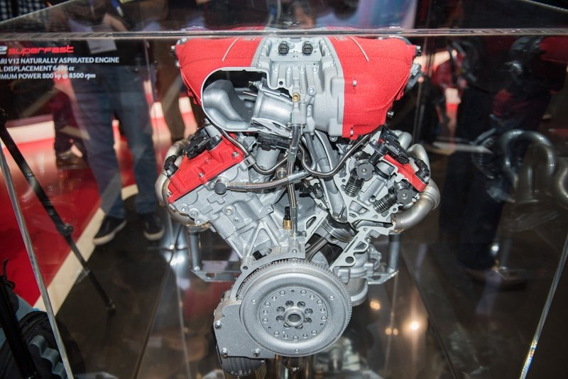 2018 Ferrari 812 Superfast High Resolution Drivetrain AutoShow - image 709171