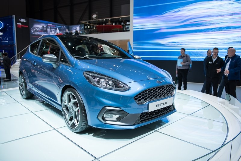 2018 Ford Fiesta ST High Resolution Exterior AutoShow - image 709239