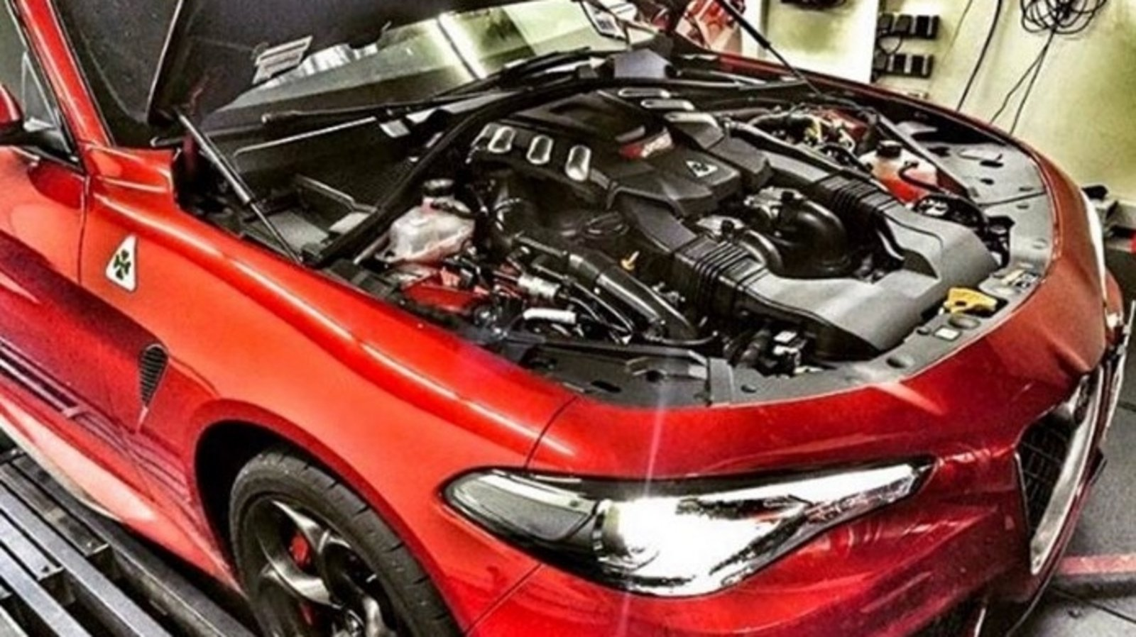 Alfa Romeo Giulia Reviews Specs Prices Photos And Videos Top Speed 4c Engine Diagram A Tuning Company Has Managed To Get More Than 600 Ponies Out Of The Quadrifoglio