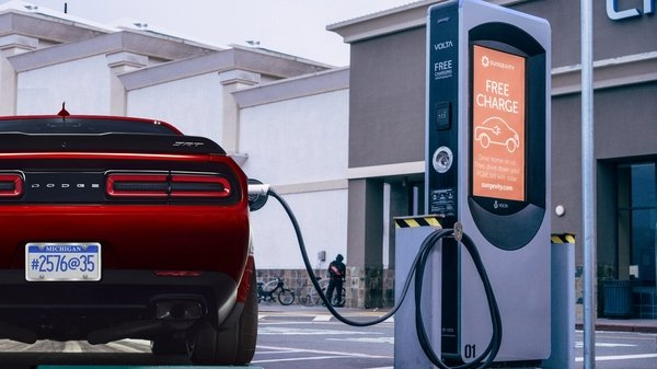 dodge to offer challenger demon with faster all-electric option - DOC711677
